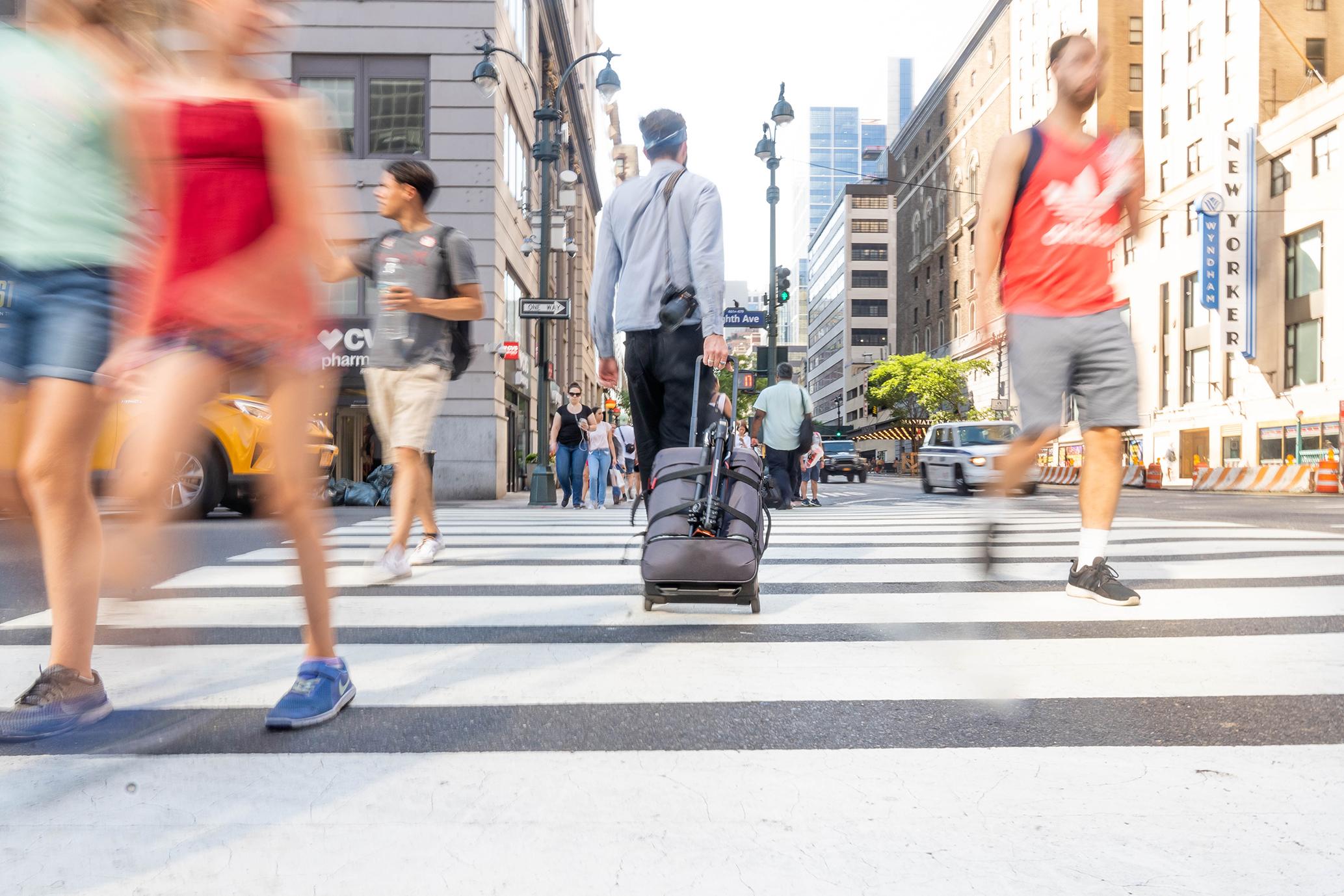 Vielseitig, stylish, urban: Manfrotto erweitert seine Manhattan Kamerataschen-Kollektion um den Manhattan Runner-50.
