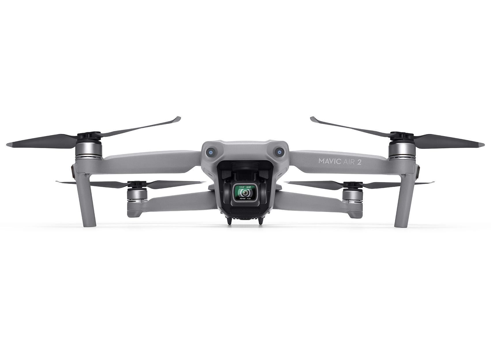 Beim Drohnenflug gilt es einiges zu beachten: Dünne Luft und Höhenunterschiede, Rücksicht nehmen auf Menschen und Tiere, immer mit Sichtverbindung fliegen.