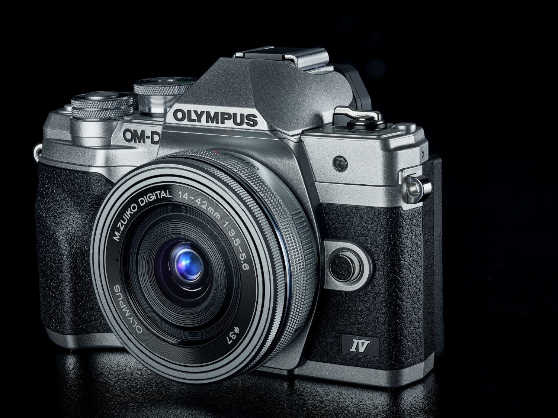 In der Tradition von Olympus: Wie bisher Olympus setzt auch OM Digital Solutions auf kleine, ergonomische Kameras mit hoher Bildqualität. (c) Olympus