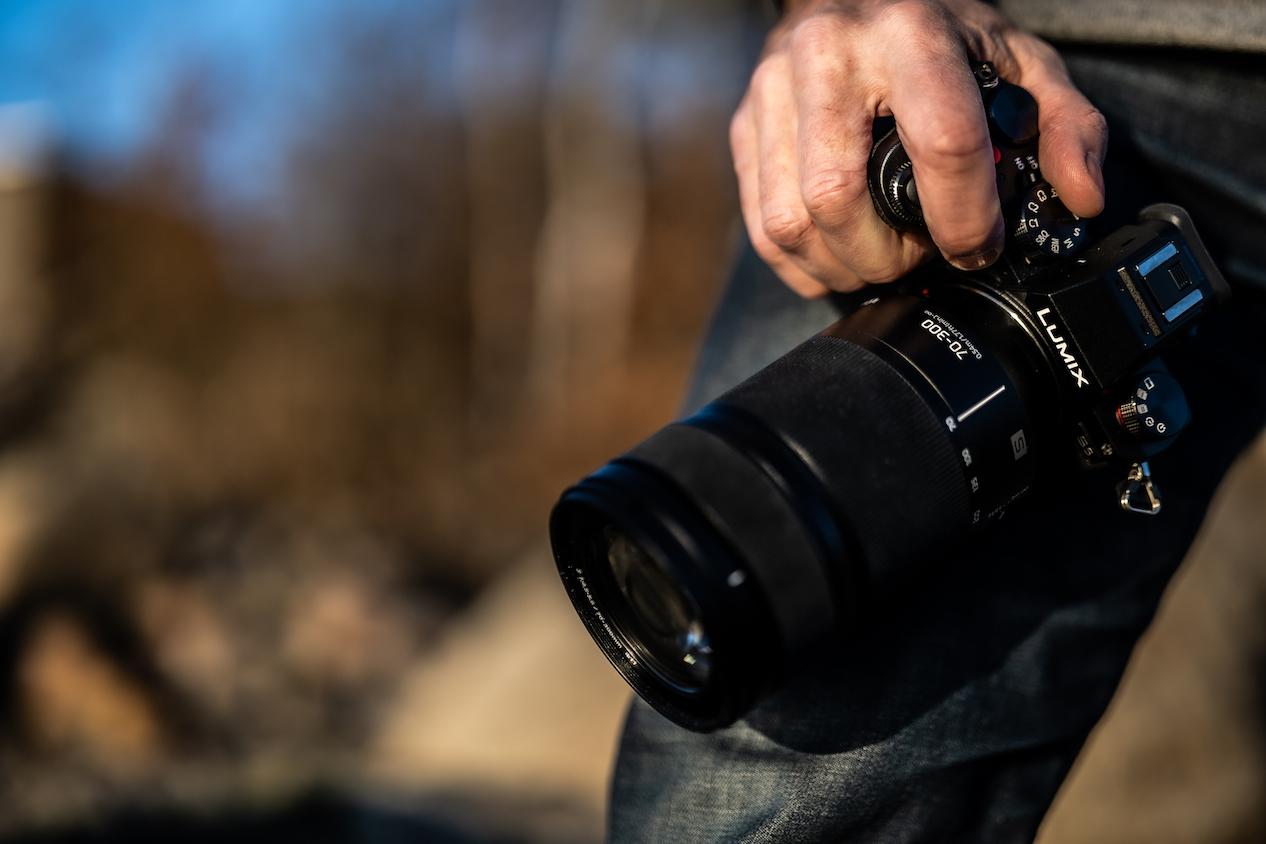 Das LUMIX S 70-300mm F4.5-5.6 MACRO O.I.S. (S-R70300) bietet einen großen Brennweitenumfang sowie eine hohe Bildqualität für Fotos und Videos. (c) Panasonic